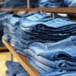 En février dernier, H&M a proposé ses premiers produits en denim, fabriqués à partir de fibres recyclées issues du programme de collecte de vêtements mis en place un an plus tôt.