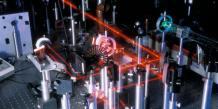 Une PME de l'Essonne rachète un spécialiste américain des lasers