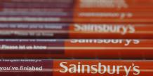 Pour Sainsbury's, la décision n'avait rien de politique. Elle visait juste à protéger les denrées des militants pro-palestiniens dans un contexte tendu.