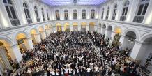 En avril dernier, au Palais de la Bourse de Bordeaux, ils étaient plus de mille décideurs à « se lever tous » pour la candidature French Tech.