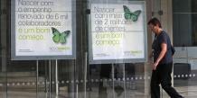 Novo Banco propose aux clients concernés de céder leurs titres de dette sur le marché et de transformer le produit de la vente en dépôts à trois ans, assortis d'un taux d'intérêt de 2,71%.