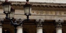 Les Bourses européennes reculent dans les premiers échanges