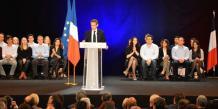 Deux mille militants sont venus soutenir Nicolas Sarkozy, jeudi soir dans la Salle des Costières de Nîmes.