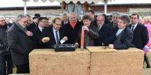 Village de l'apprentissage à Marguerittes, 1ère pierre le 20 janvier 2015