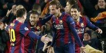 Barcelone confirme face a city