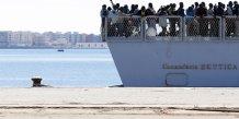 Le trafic de migrants rapporte des millions d'euros aux passeurs, selon un procureur italien