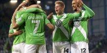 Wolfsburg rejoint dortmund