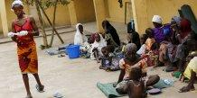 Des nigerians morts de faim et de soif en fuyant le niger