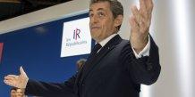 Nicolas sarkozy accuse la gauche d'avoir trahi la republique