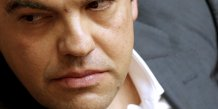 Alexis tsipras remanie son cabinet, coupe son aile gauche