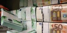 Les banques europeennes cajolent regulateurs et actionnaires