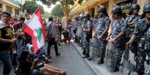 Le ministere libanais de l'environnement envahi par des manifestants
