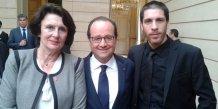 Antoine Meffre, P-DG de Eco-Tech Ceram, aux côtés de François Hollande et de la députée Anne-Yvonne Le Dain.