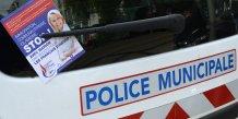 Flyers anti immugration de Marion Maréchal Le Pen (régionales, FN)