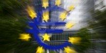 Logo de l'euro à l'extérieur des anciens bureaux de la BCE à Francfort (Allemagne) en juillet 2015