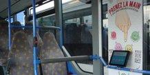 Les tablettes Qwesteo dans les bus de Transdev Ile-de-France, pour recueillir l'opinion des voyageurs sur le service de transport.