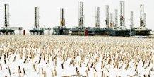 pétrole, attrition, Dakota du Nord, champ, brut, chute des prix du baril, gaz de schiste, fracturation hydraulique, dollar, Etats-Unis, neige, exploration pétrolière, Dickinson, forages, puits,