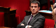 Valls appelle a augmenter les budgets justice et defense