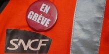 """Le gouvernement anticipe un mouvement """"serieux"""" a la sncf"""