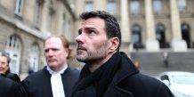 L'ancien trader de la Société générale Jérôme Kerviel le 21 mars 2016 au sortir du tribunal de Paris
