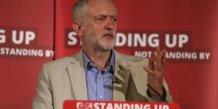"""Jeremy corbyn se separe de son chef de la diplomatie du cabinet """"fantome"""""""