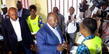 Ici dans un bureau de vote de Libreville, le président sortant Ali Bongo Ondimba s'est porté candidat à sa propre succession.