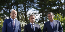 Francois fillon remonte dans un sondage face a alain juppe et nicolas sarkozy