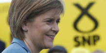 Nicola sturgeon, star de la campagne des legislatives britanniques