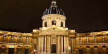L'Académie française, vue depuis le Quai Conti.