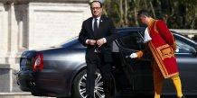 Hollande arrive a rome pour tracer l'avenir d'une ue menacee