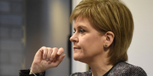 Sturgeon deplore l'intransigeance du gouvernement britannique
