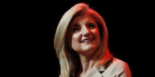 "La ""papesse"" des blogueurs américain, Arianna Huffington lancera the World Post au forum de Davos."