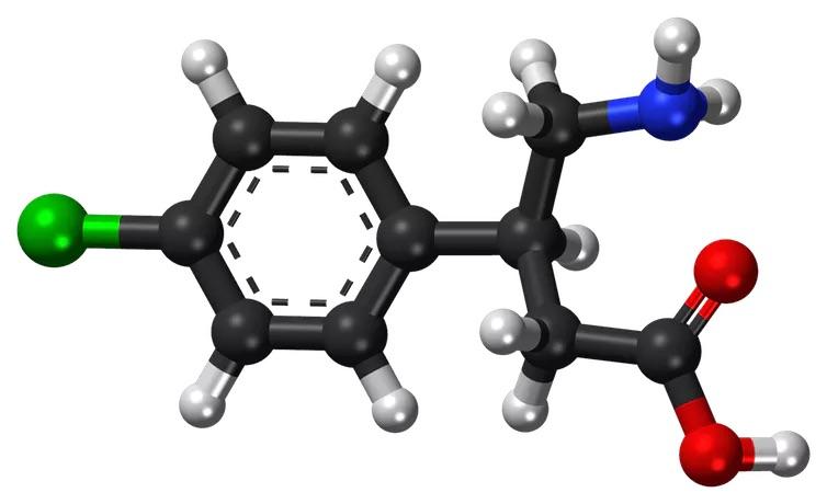 Baclofène et alcool : oui à sa prescription mais à certaines conditions