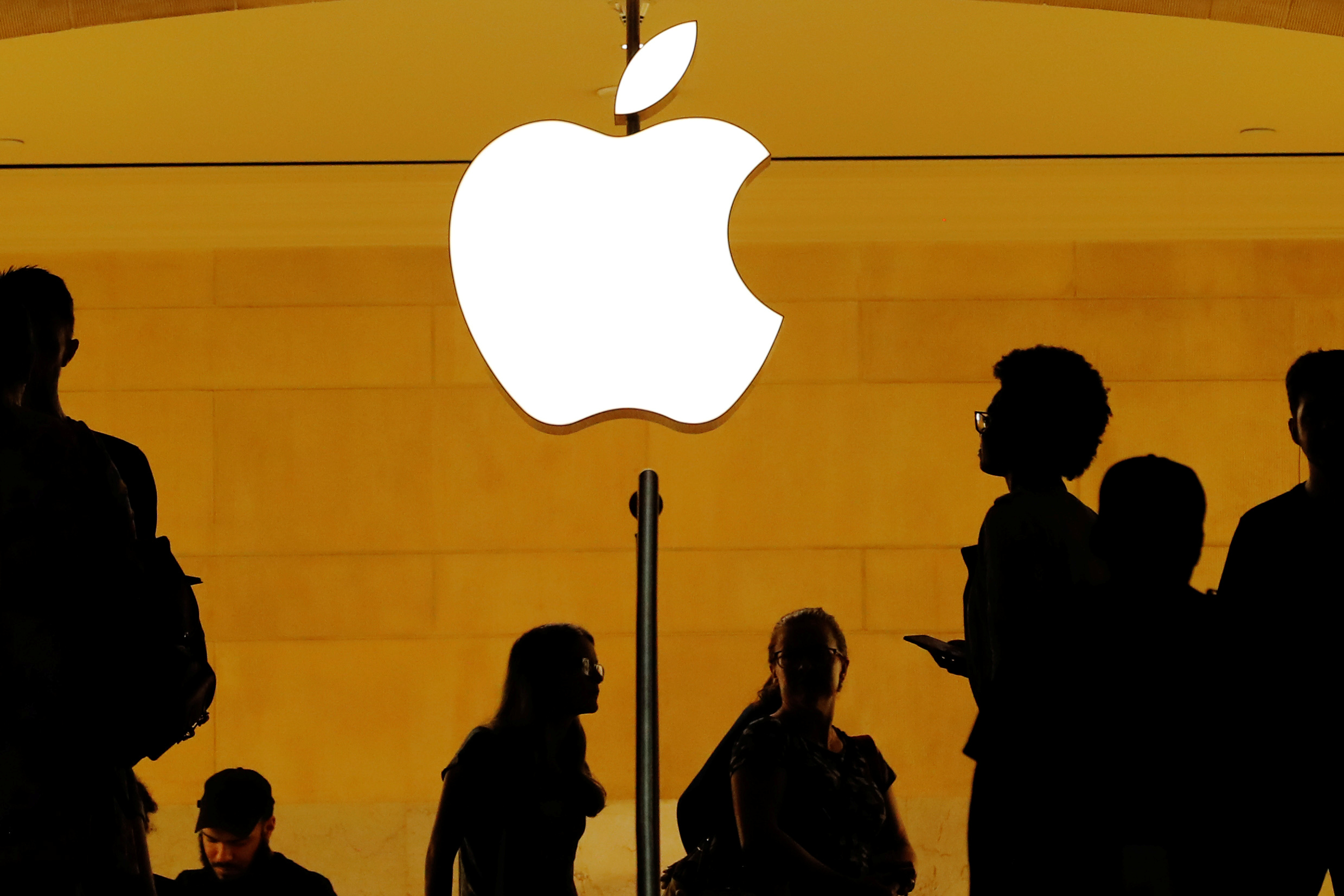 Guerre commerciale avec la Chine : Trump torpille... Apple