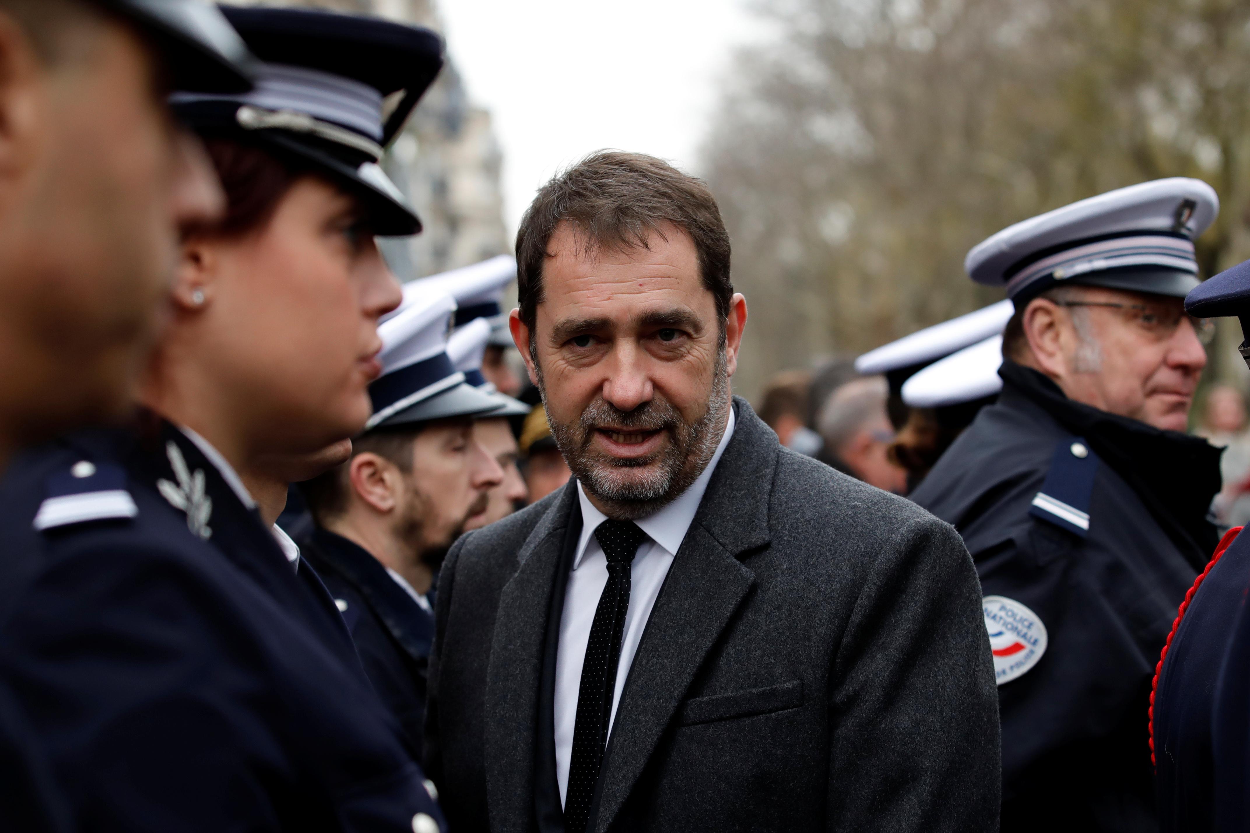 """Gilets jaunes : la """"loi anti-casseurs"""" de Castaner déjà décriée comme """"liberticide"""""""