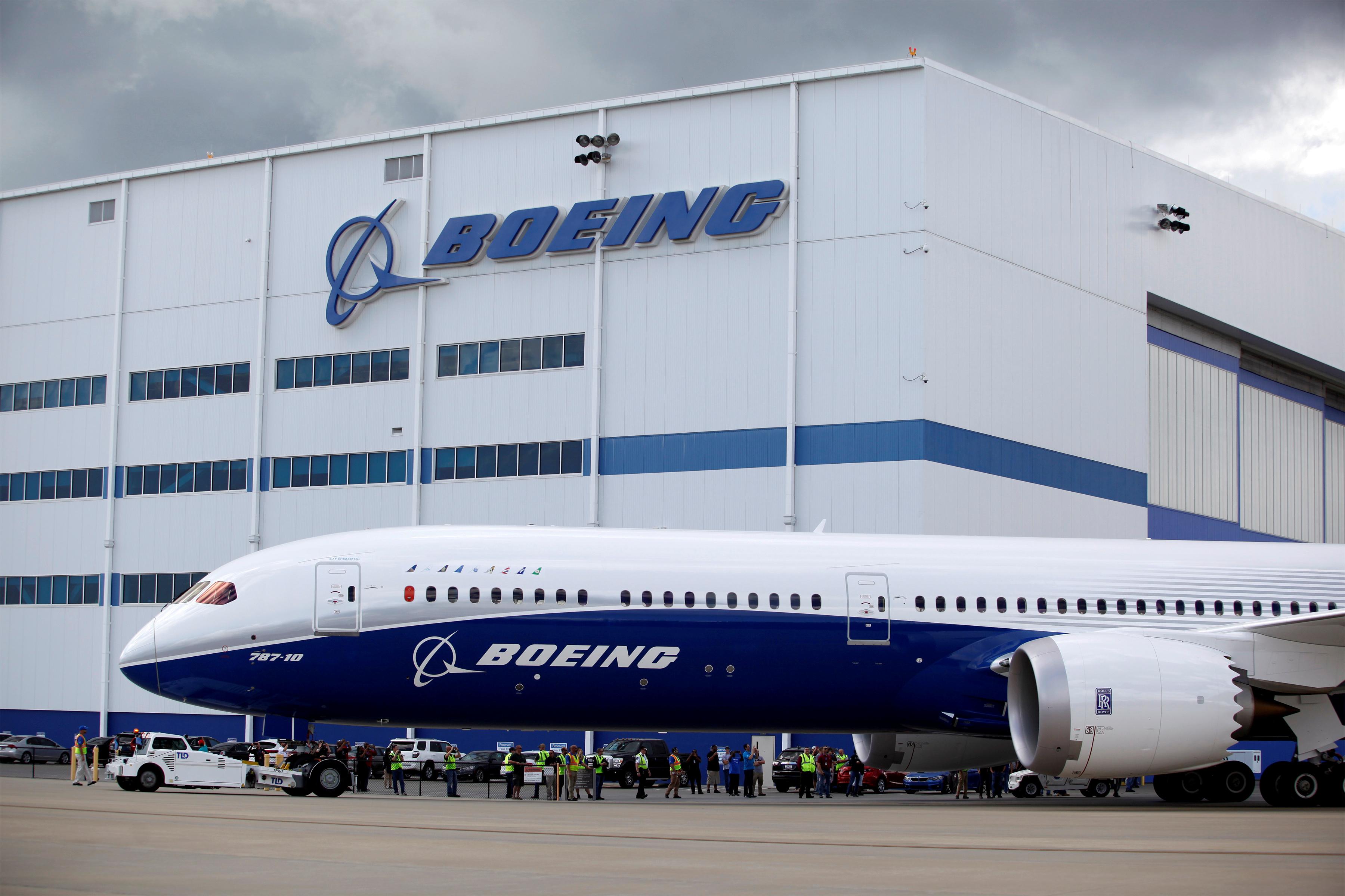 Covid-19 : toute la production d'avions civils de Boeing est à l'arrêt