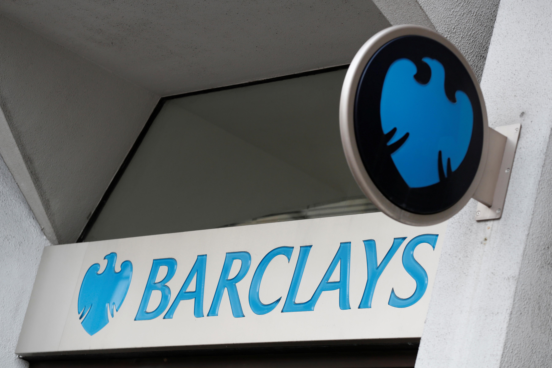 Sous la pression d'actionnaires, la banque Barclays promet de protéger le climat
