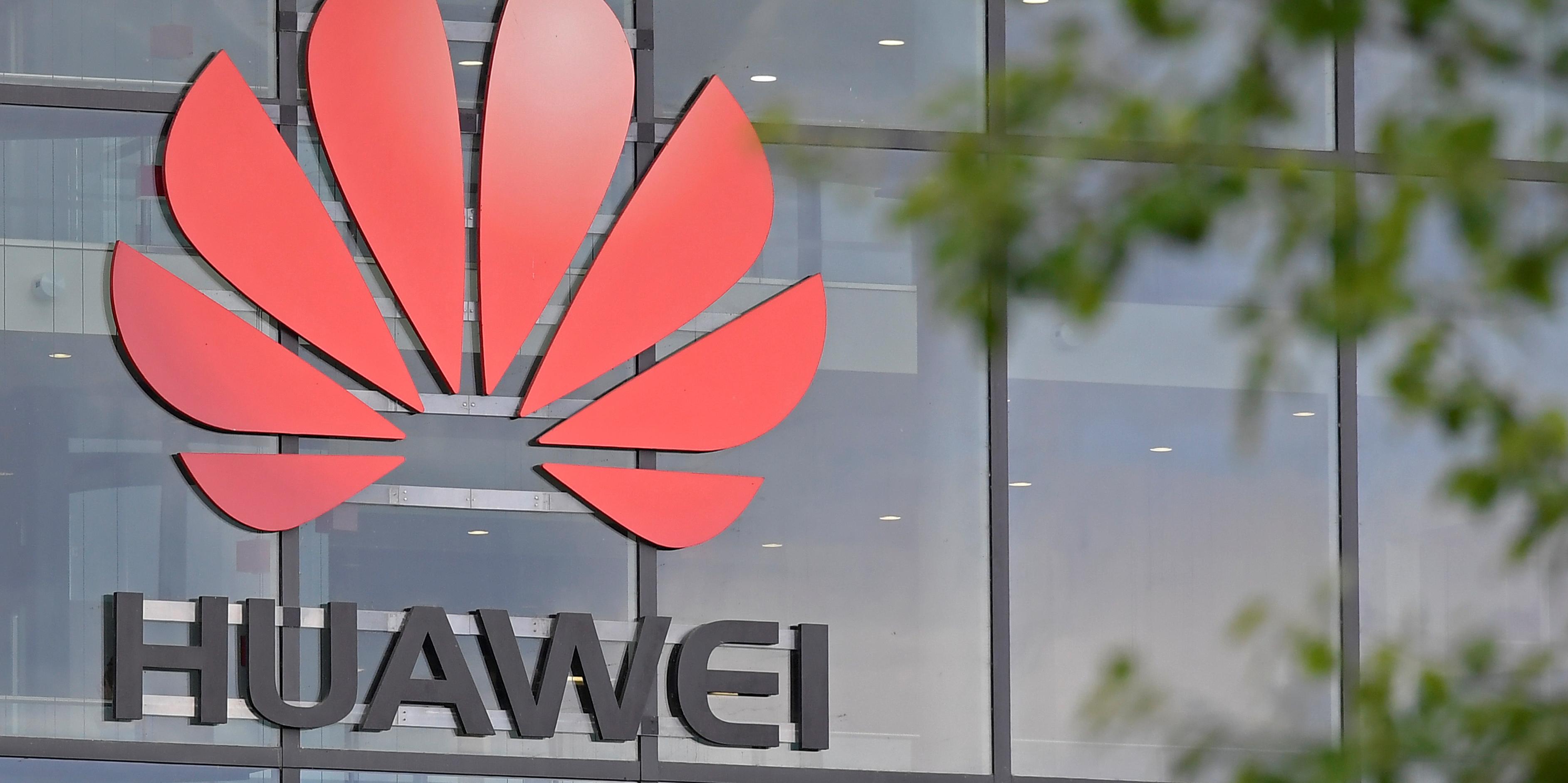 """Huawei : la chine dénonce un """"harcèlement économique"""" américain"""