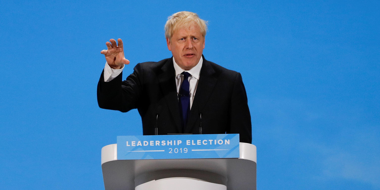 """Au 10 Downing Street, Boris Johnson promet de '""""faire le Brexit coûte que coûte"""""""