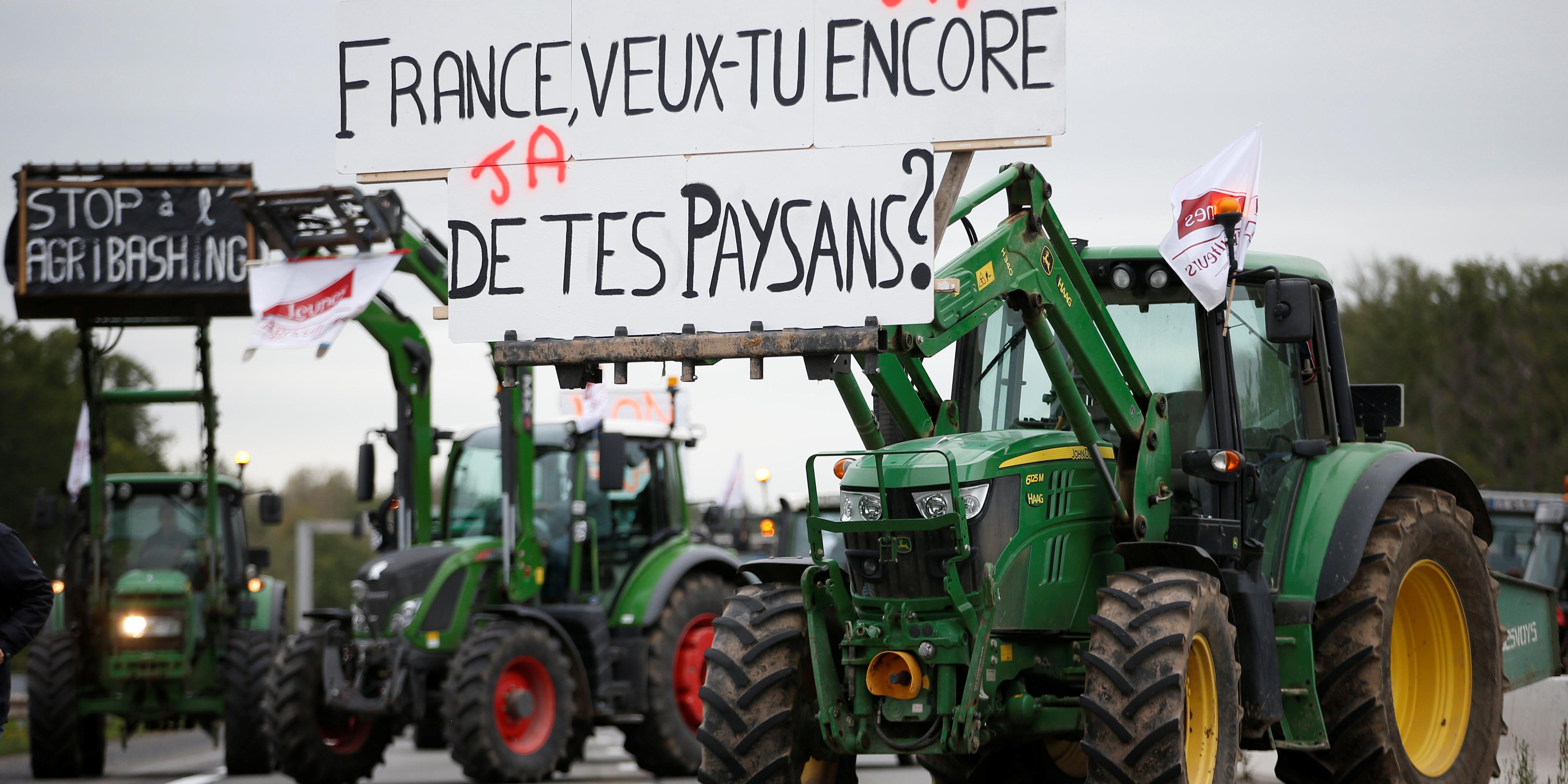 """""""France, veux-tu encore de tes paysans?"""" Les agriculteurs fustigent l'agribashing et interpellent Macron"""