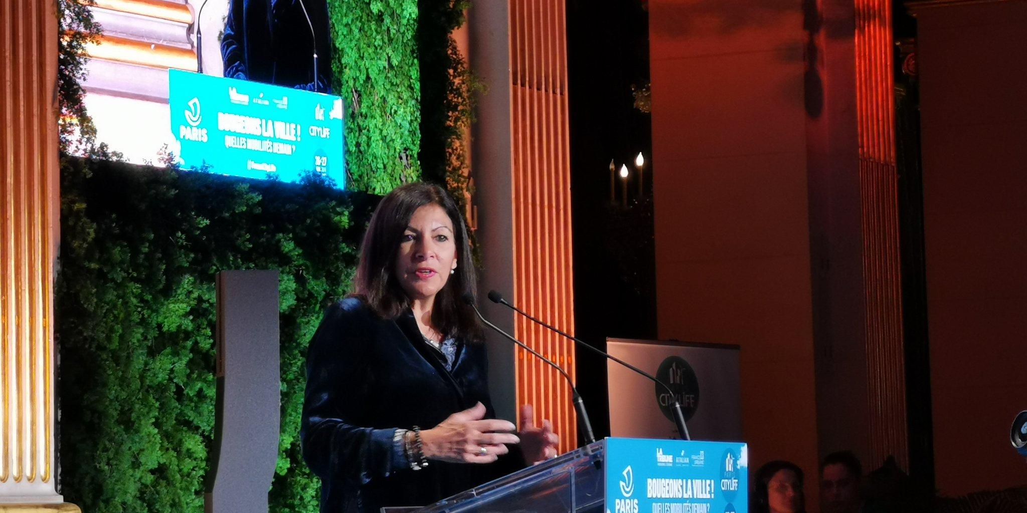 Anne Hidalgo : « Il faut aller plus loin sur la gratuité » des transports urbains