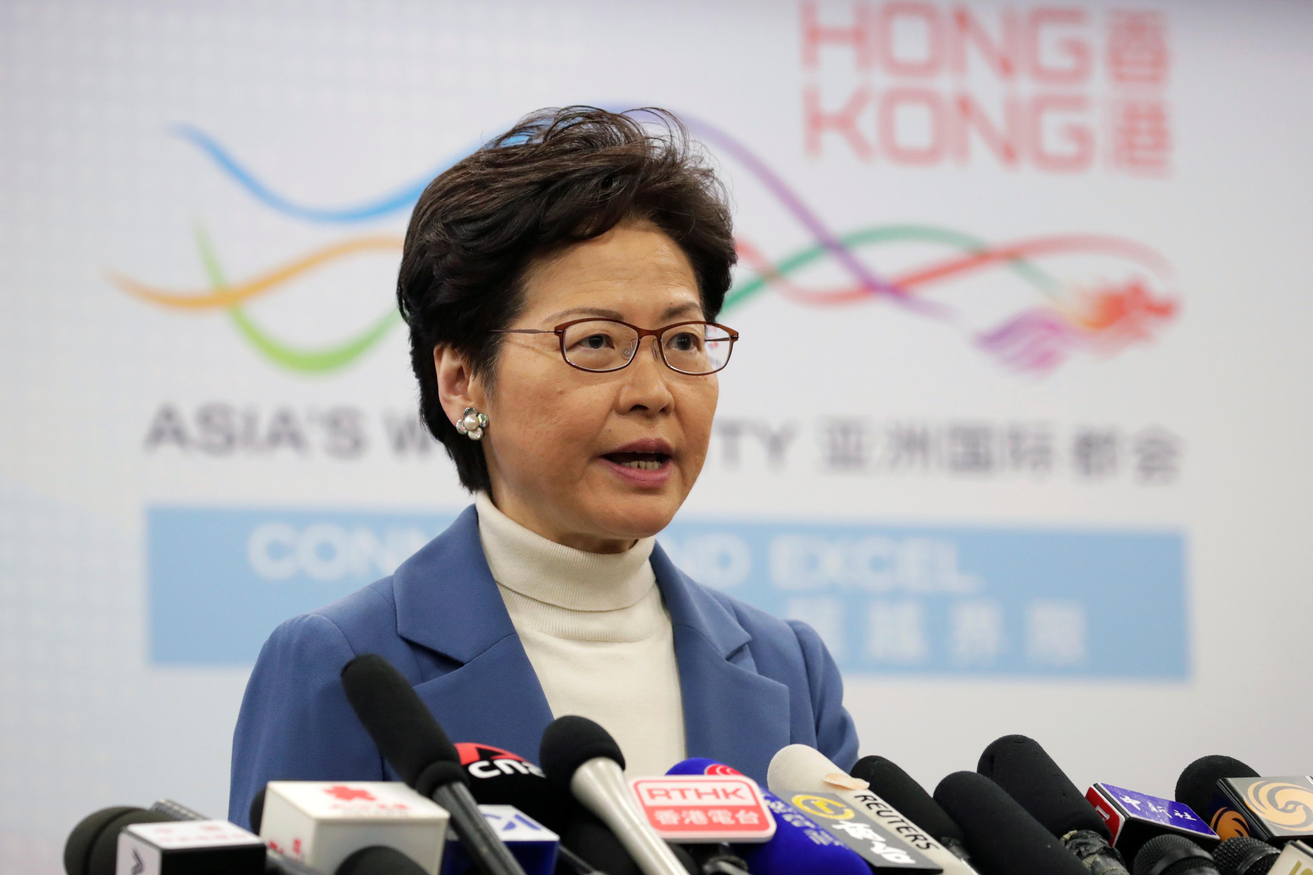 Coronavirus, contestation sociale : Hong Kong en opération de réhabilitation à Davos
