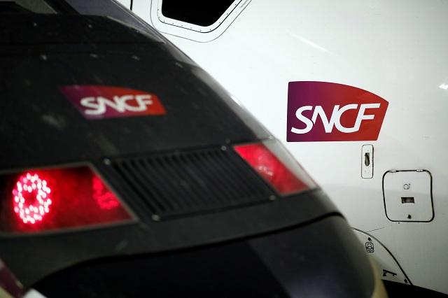 Retraites: trafic SNCF et RATP en légère amélioration ce week-end