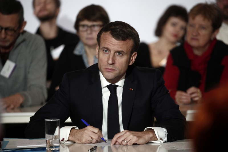 Climat: Macron prêt à un référendum sur les idées de la Convention citoyenne