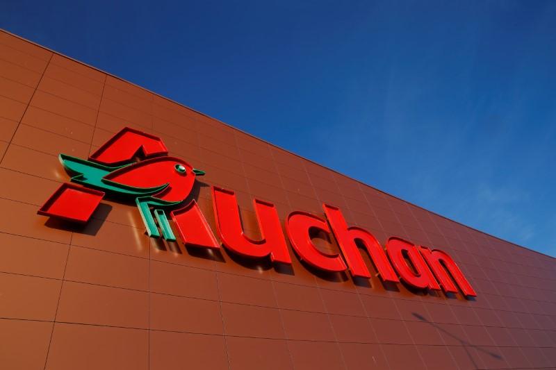 Auchan Retail Face Aux 1 475 Suppressions De Postes Les Syndicats Fustigent L Ingratitude De La Famille Mulliez