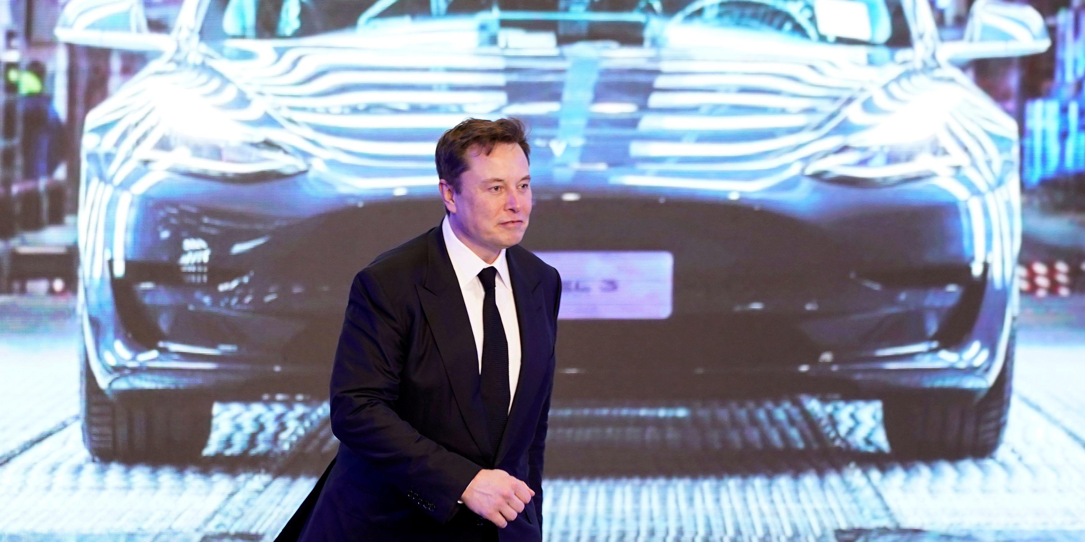Comment, en 17 ans seulement, Tesla est-il devenu un géant de l'automobile ?