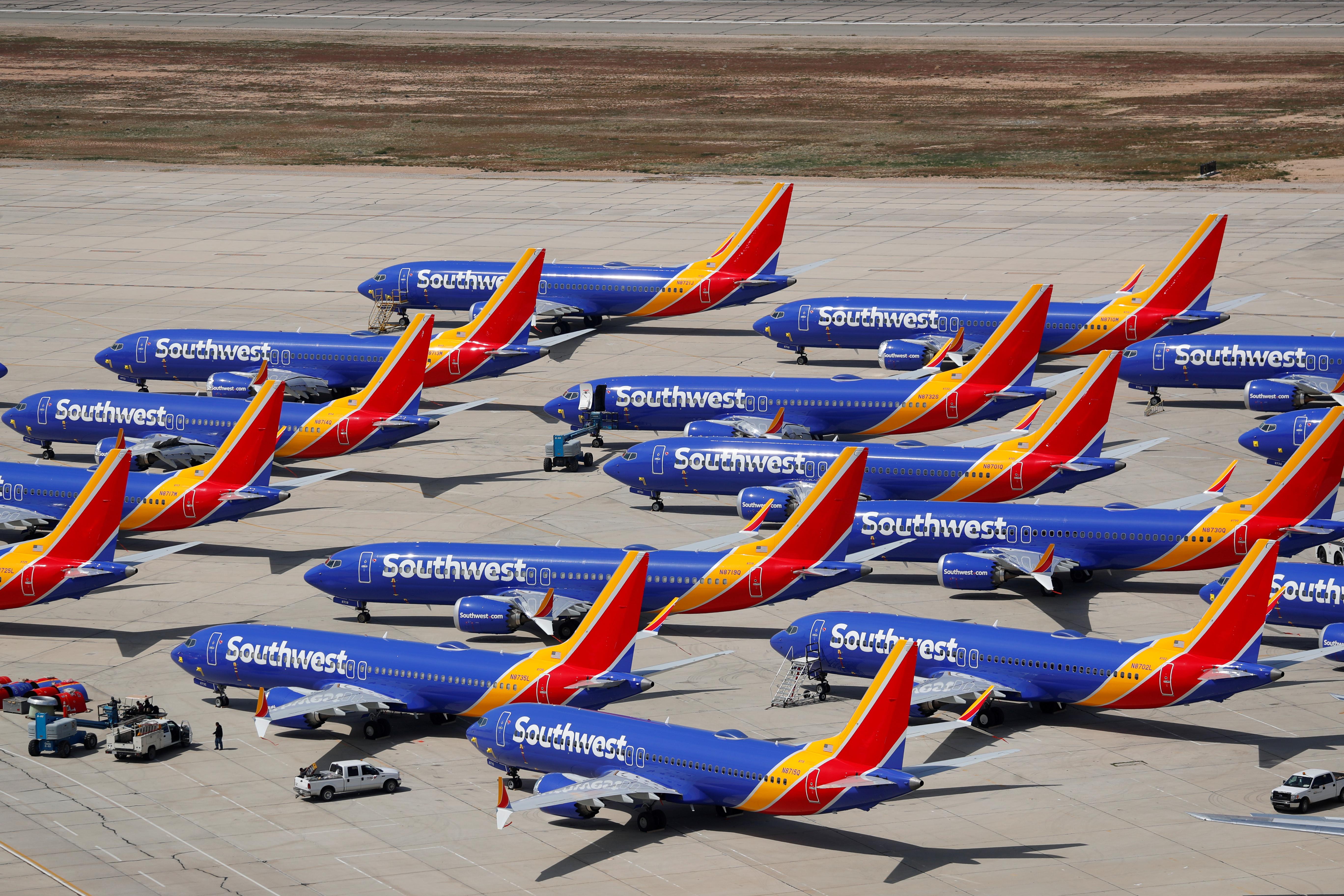 """Boeing : des essais en vol prévus dans """"quelques semaines"""" pour certifier le 737 MAX"""