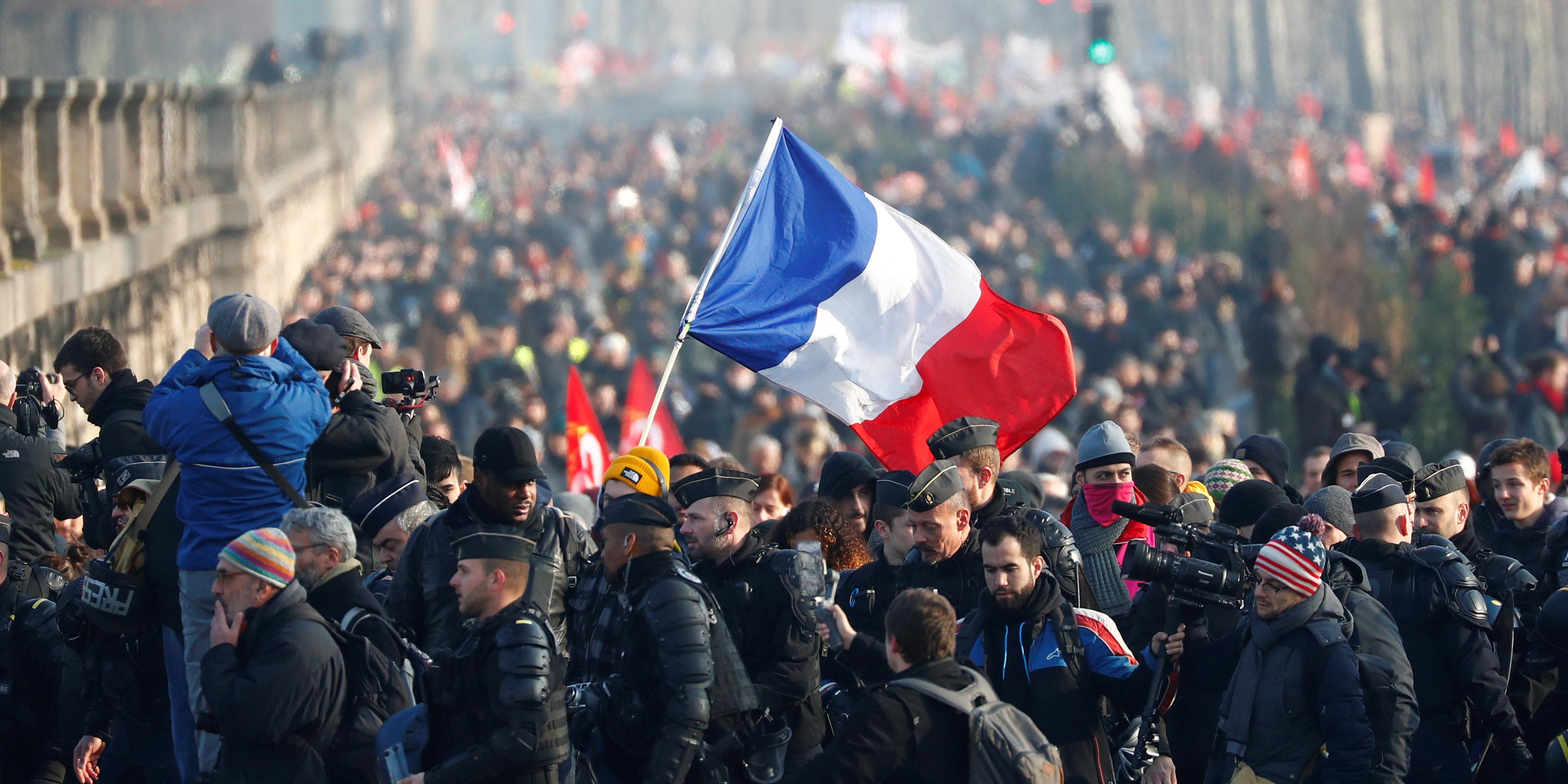 Retraites: 2 Français sur 3 pour l'organisation d'un référendum