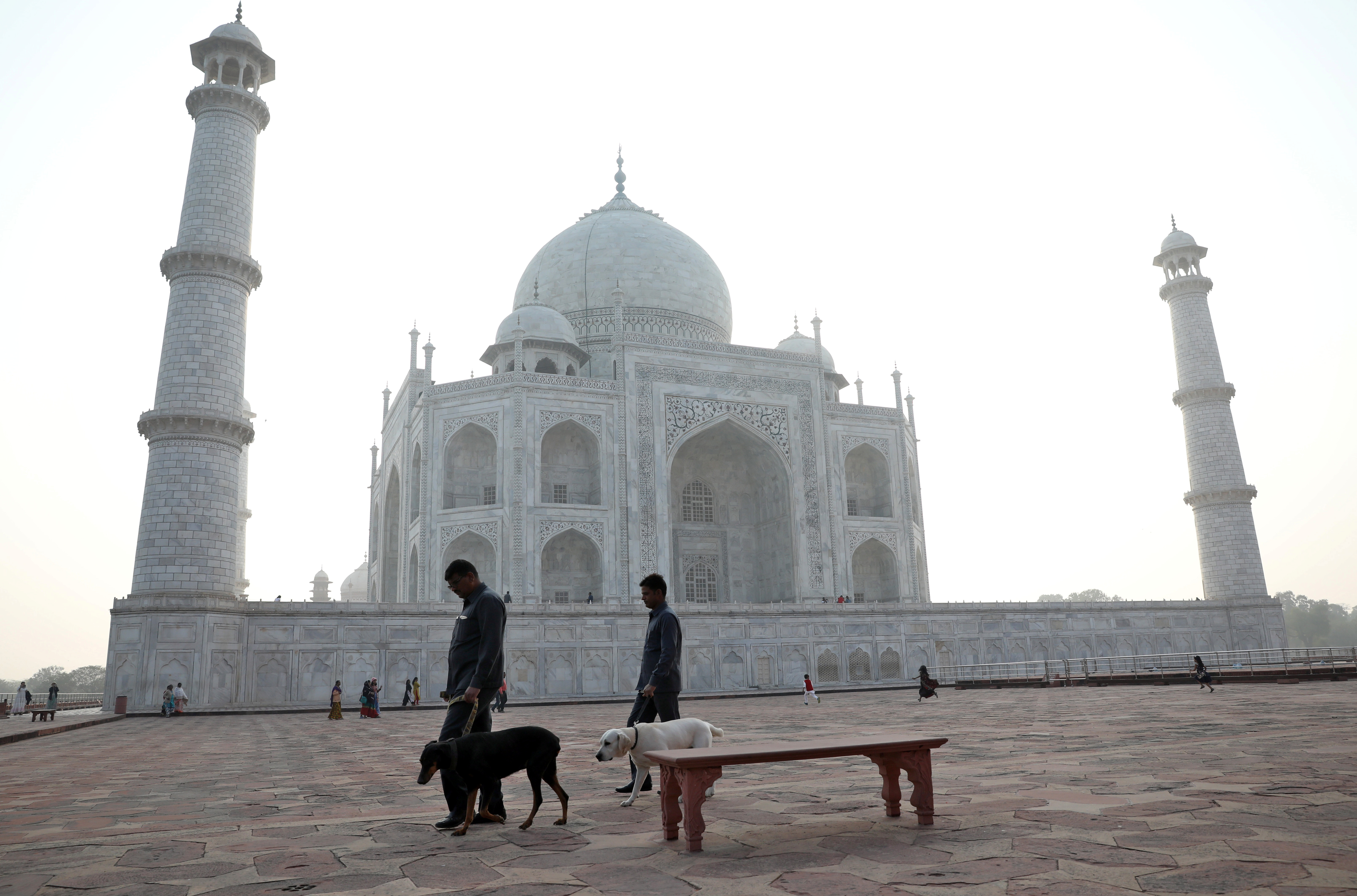 Le Coronavirus Revele Deja Les Failles Du Systeme De Sante Indien