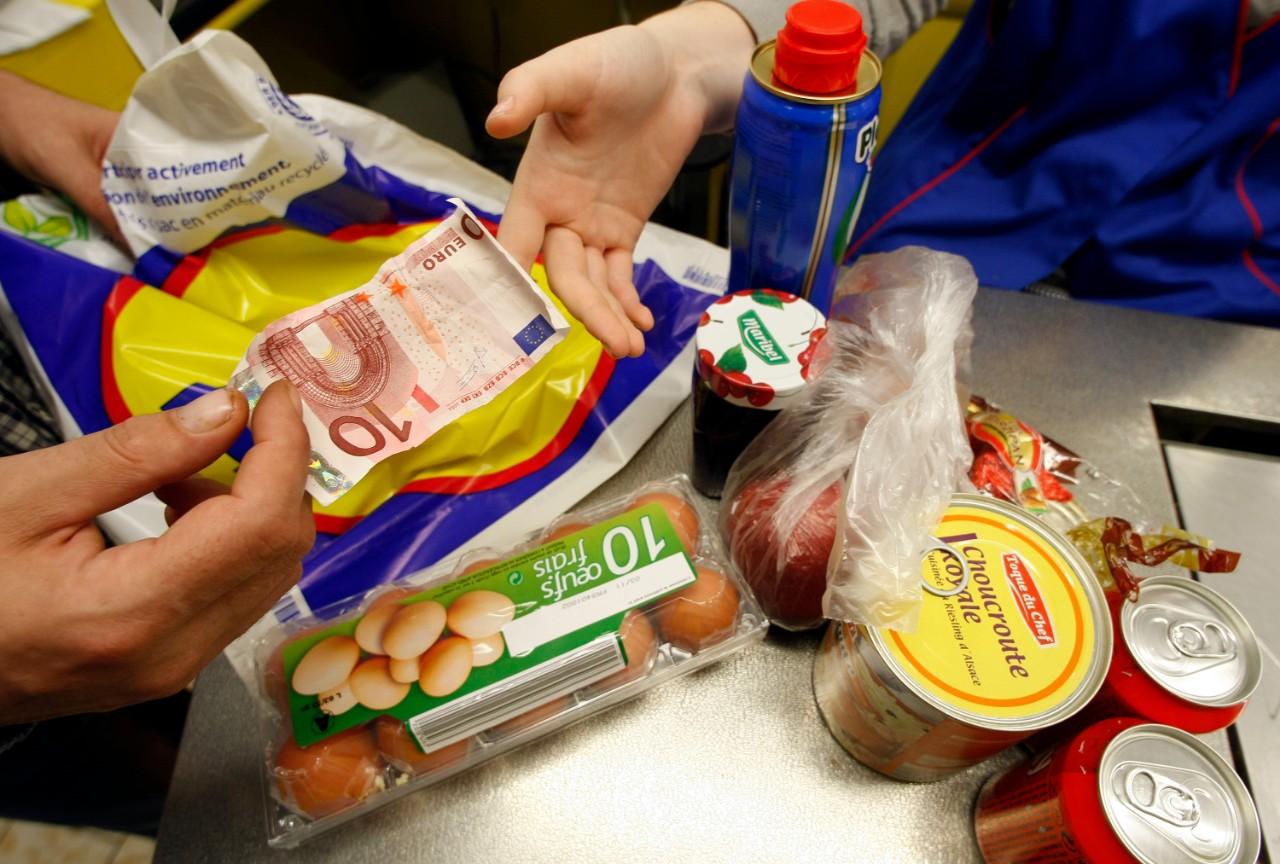 Avec la pandémie, les Français inquiets pour leur situation économique à venir